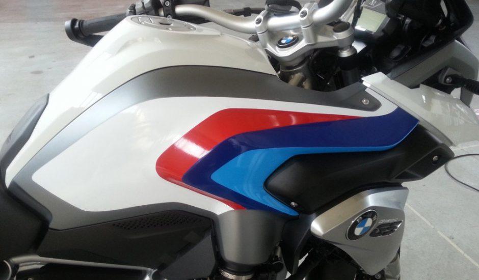 Moto_BMW_01_1120x700-1024x640